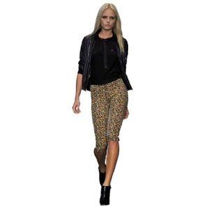 rag & bone Pants & Jumpsuits - Rag & Bone Floral Silk Capris